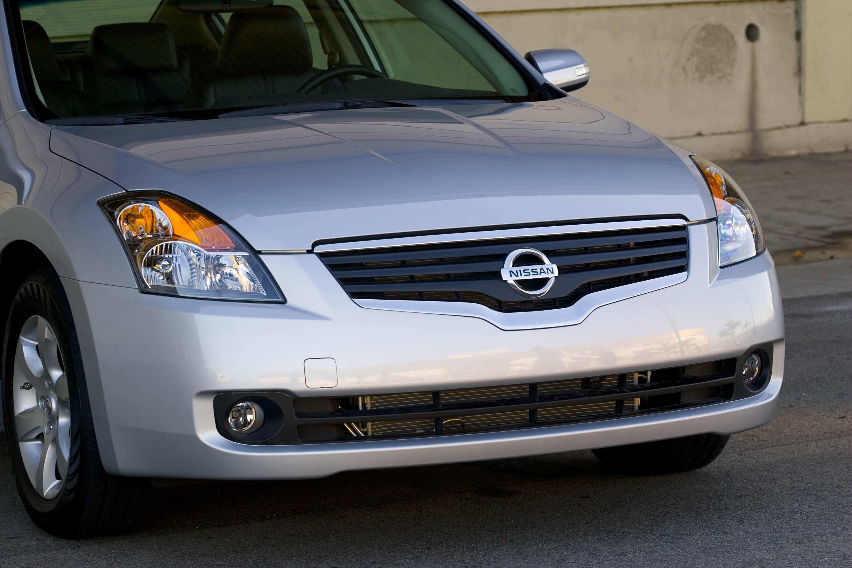 2009 Nissan Altima 2 5sl Sedan Review Autosavant Autosavant