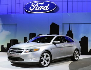 2010 Ford Taurus SHO at 2009 Chicago Show