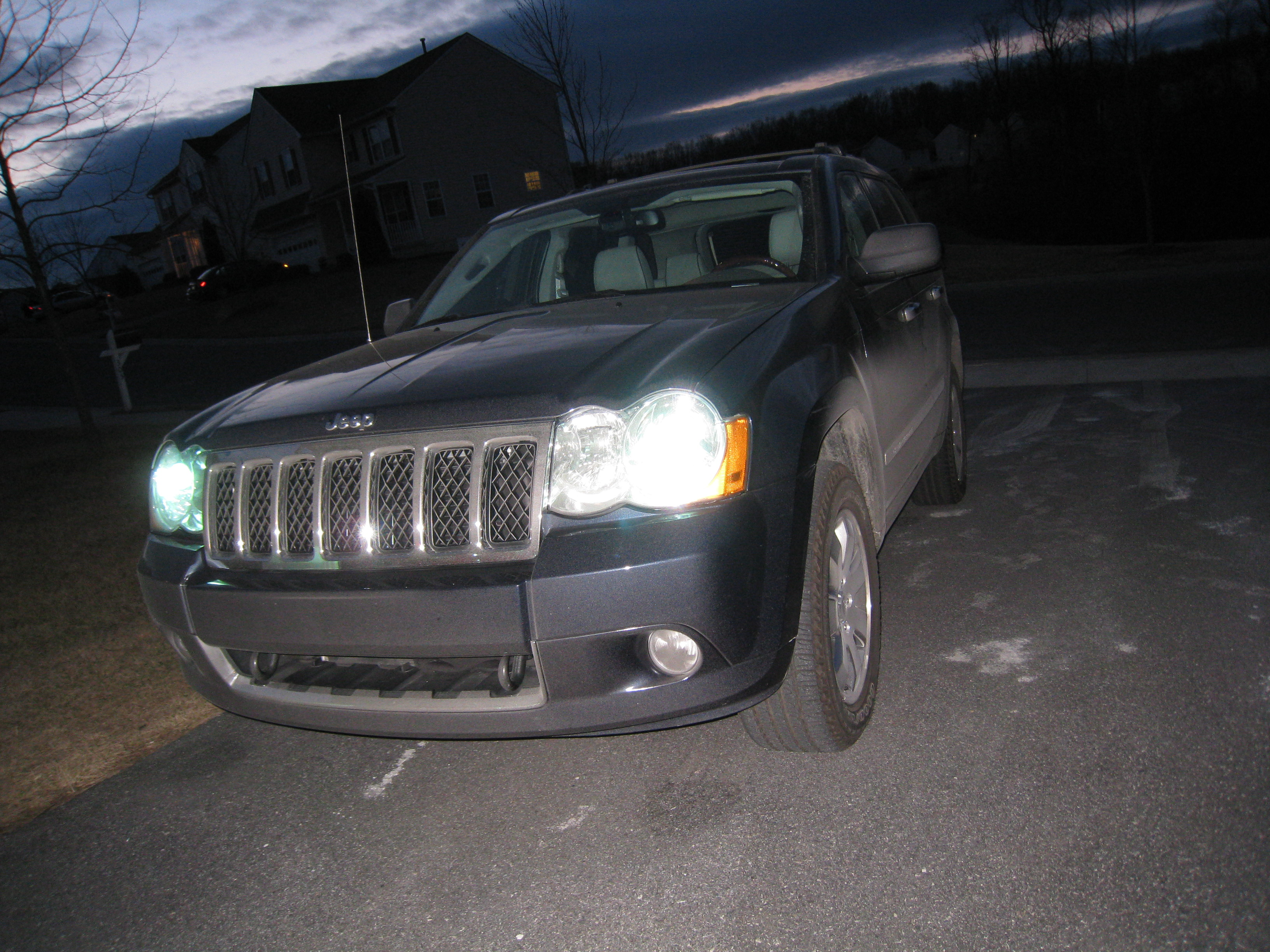 2009 Jeep Grand Cherokee Overland 4x4 Review Autosavant