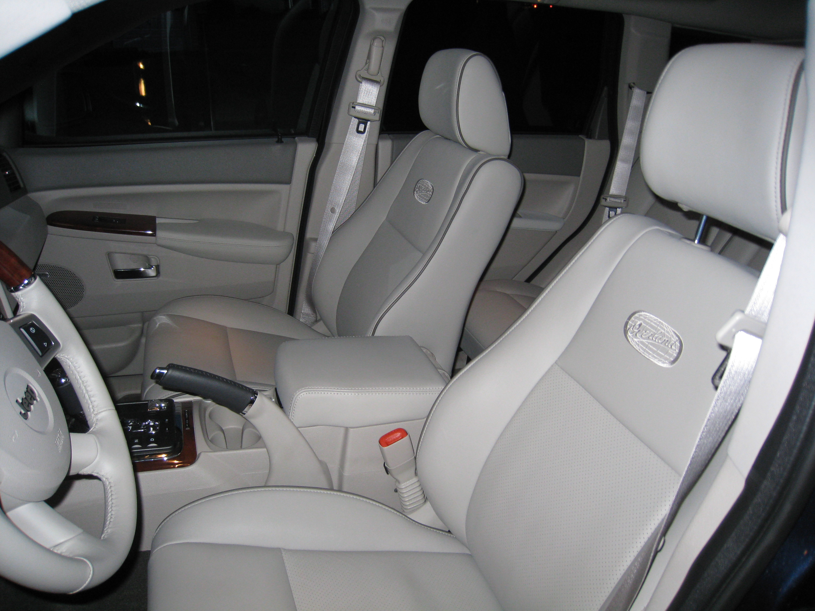 High Quality Img_2484 Inside, The Grand Cherokee ...