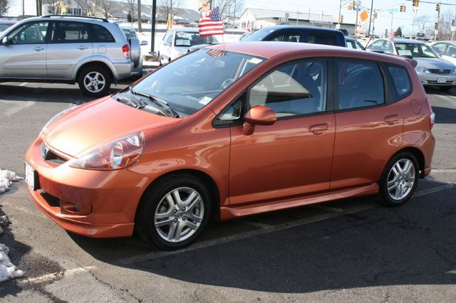Finding myself un fit i take a lesson in civics for Orange honda fit
