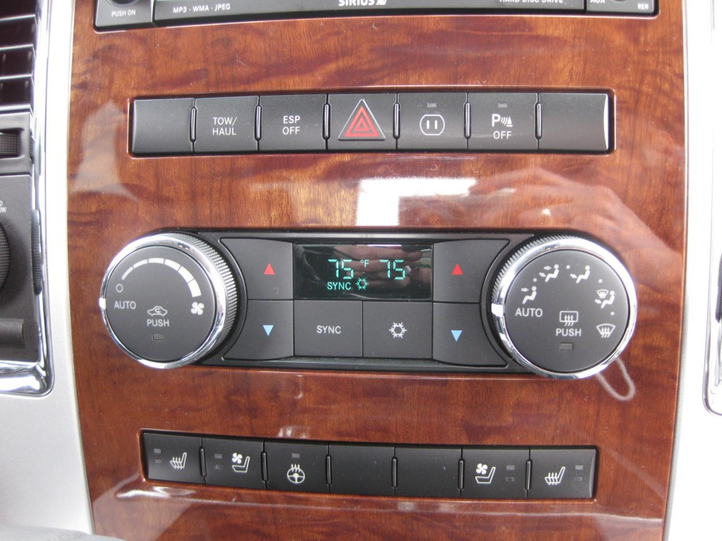 Dual Zone Climate Control Heated Steering Wheel Heated