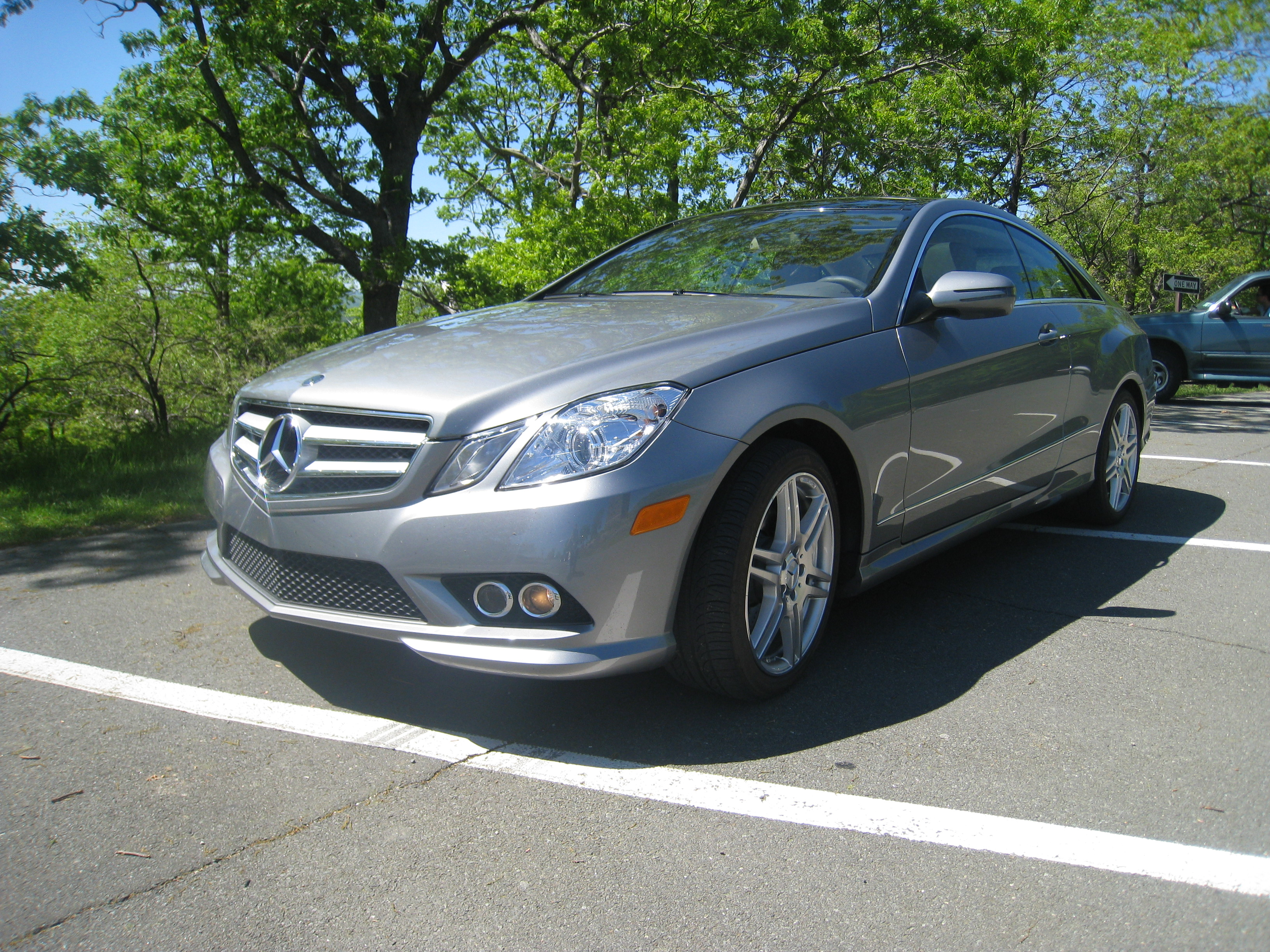 2010 mercedes benz e350 coupe first drive autosavant autosavant. Black Bedroom Furniture Sets. Home Design Ideas