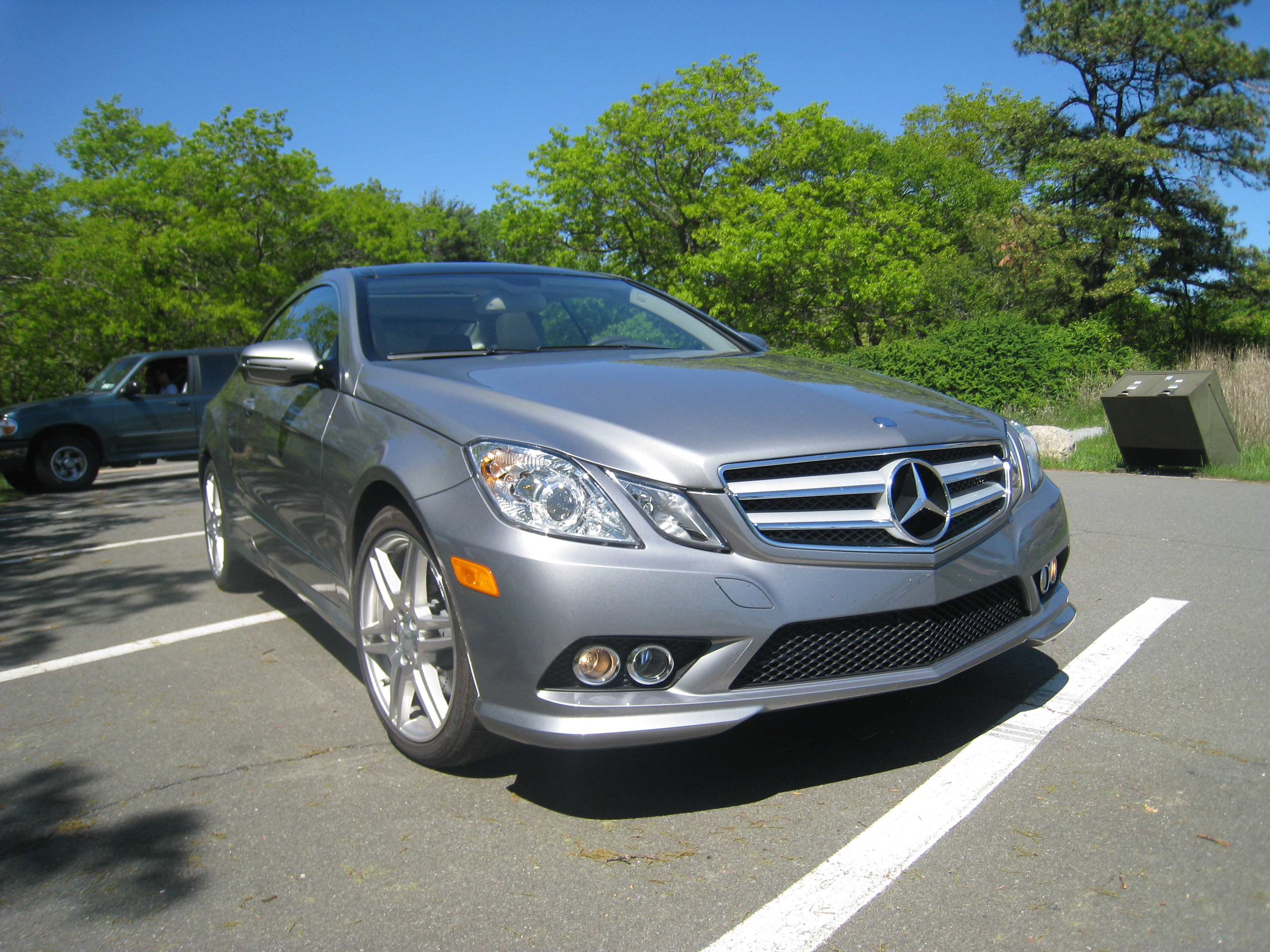 benz auctions at class vicari of house biloxi for auction a sale image e mercedes
