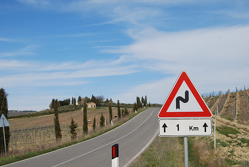 italy-road-sign