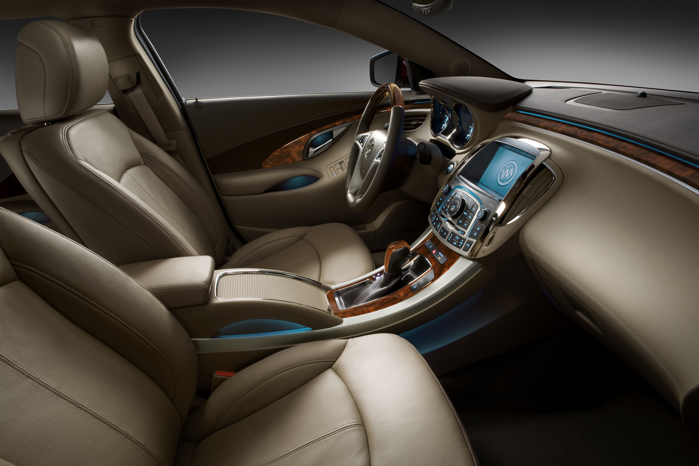 2010 Buick LaCrosse CXS | Autosavant