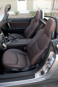 200920mazda20mx-520prht20intdetail_28_preview
