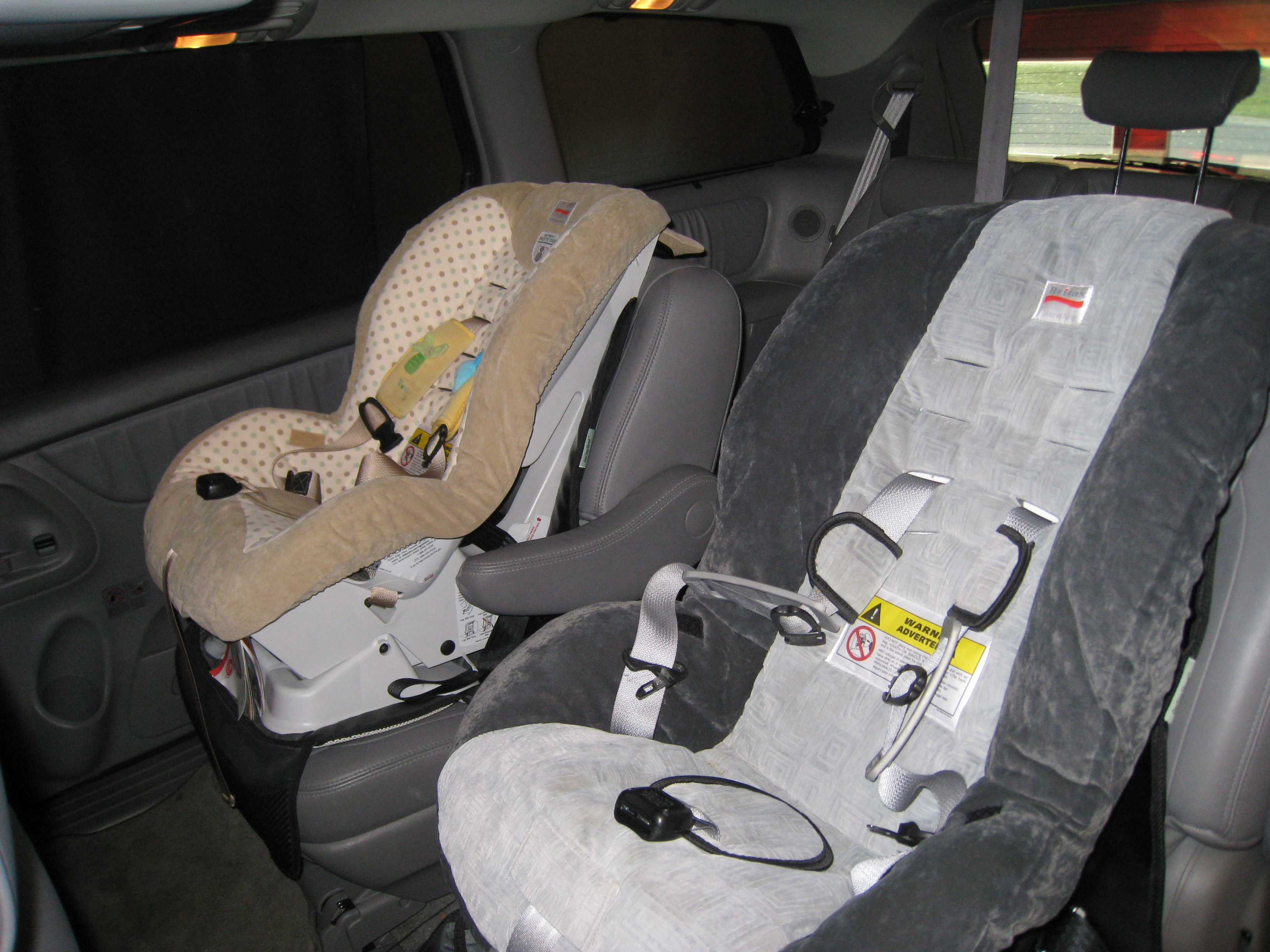 Britax Roundabout 50 Convertible Car Seat Review