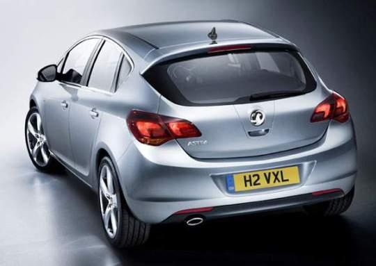 2010 Opel Astra 8