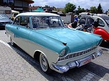 220px-Ford_Taunus_17M_deLuxe_1