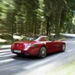 Mercedes-SLS-AMG-HighRes-05