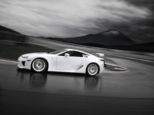 03-lexus-lfa-press