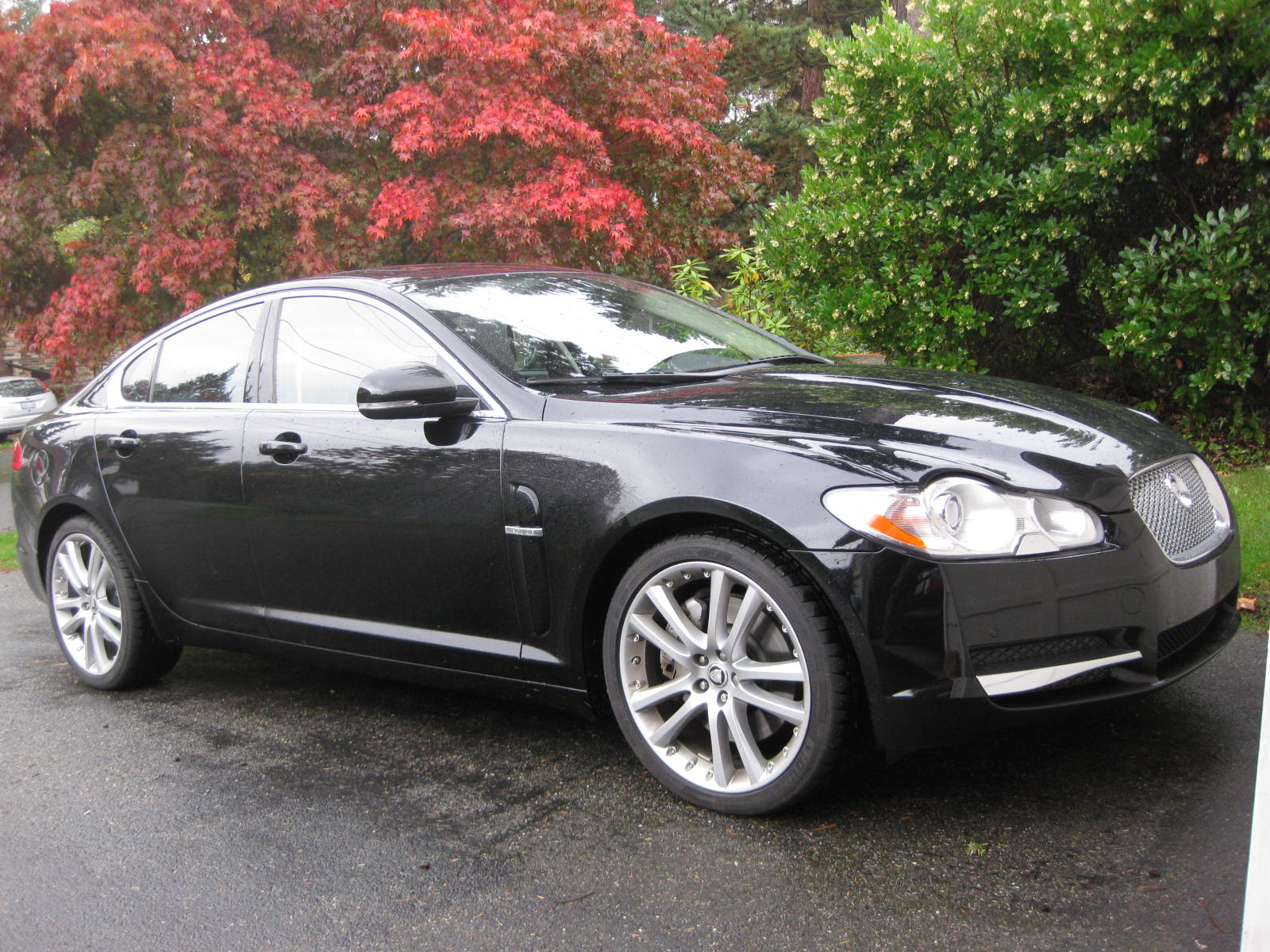 2010 jaguar xf premium review autosavant autosavant. Black Bedroom Furniture Sets. Home Design Ideas