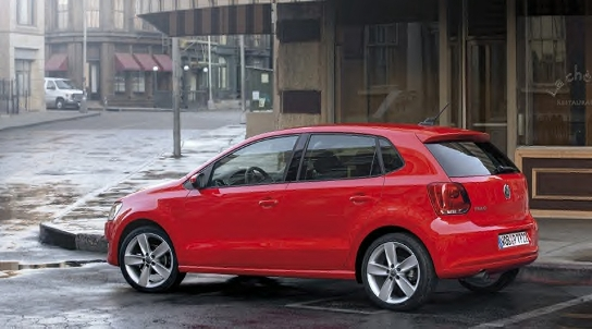 2010 VW Polo side
