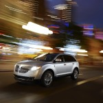 2011_Lincoln_MKX_00