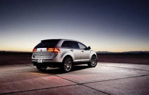 2011_Lincoln_MKX_08
