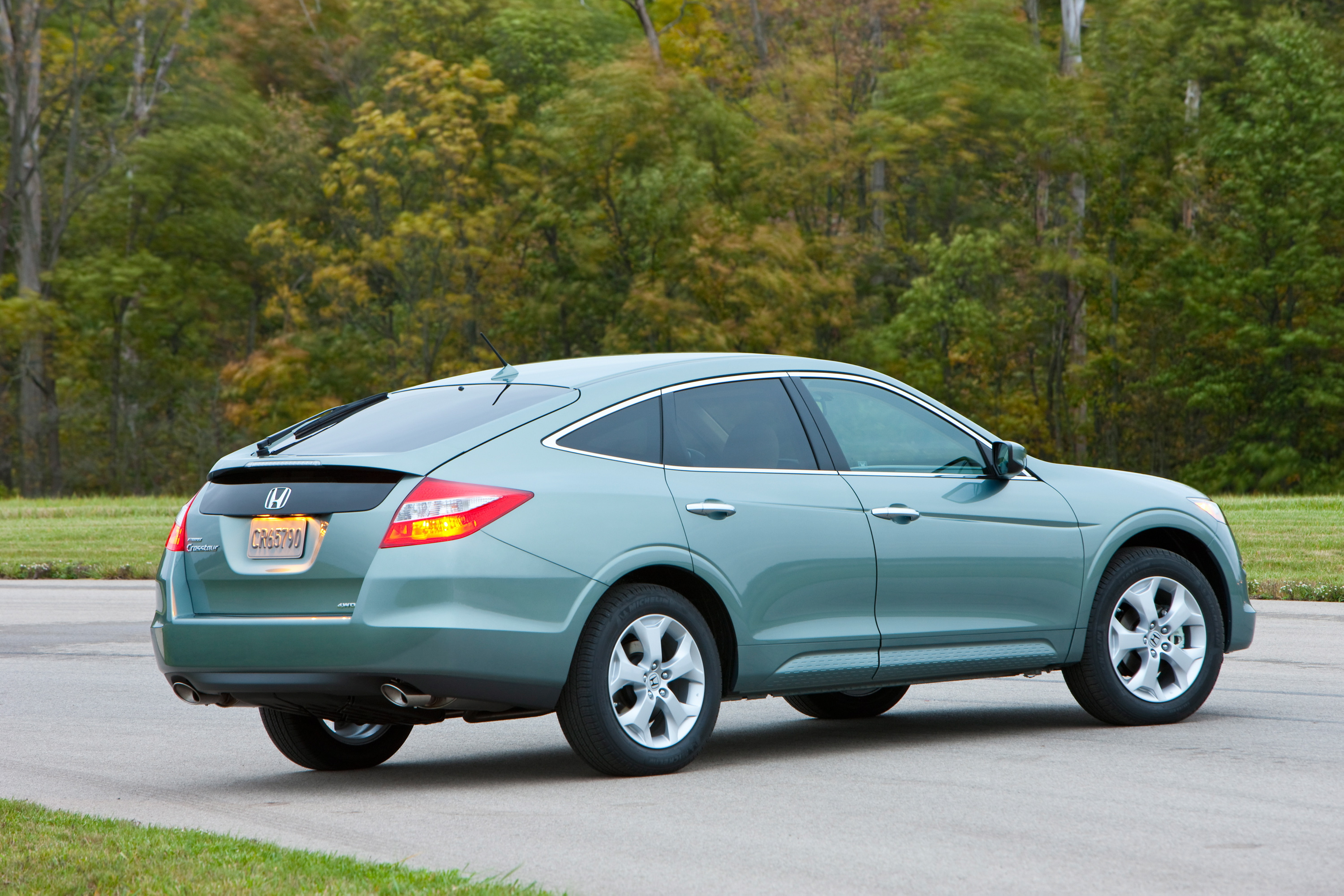toyota family venza used the car and honda crosstour page