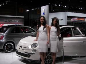 CATA_F_2010-02-10_ (39)_Ursula&VeronicA_FIAT500_models