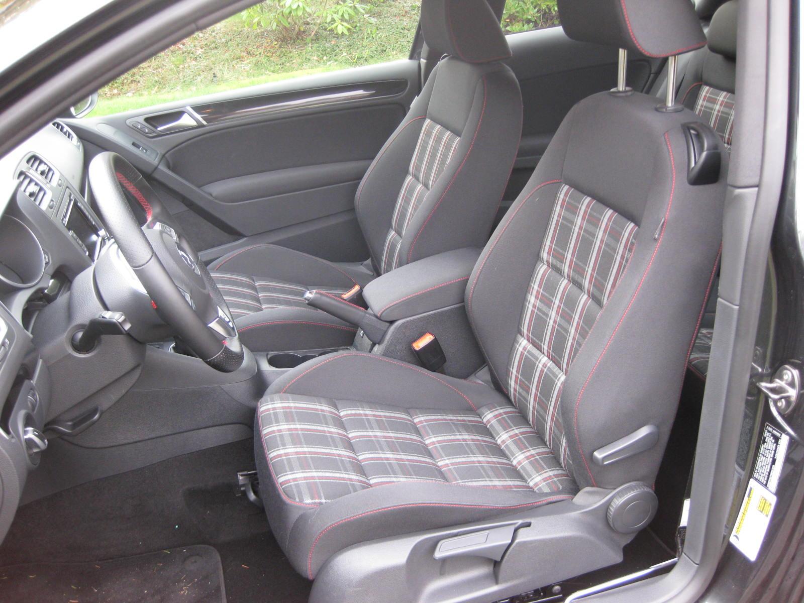 2010 Volkswagen GTI Review - Autosavant | Autosavant
