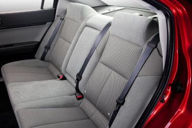 2010 Mitsubishi Galant Se Review Autosavant Autosavant