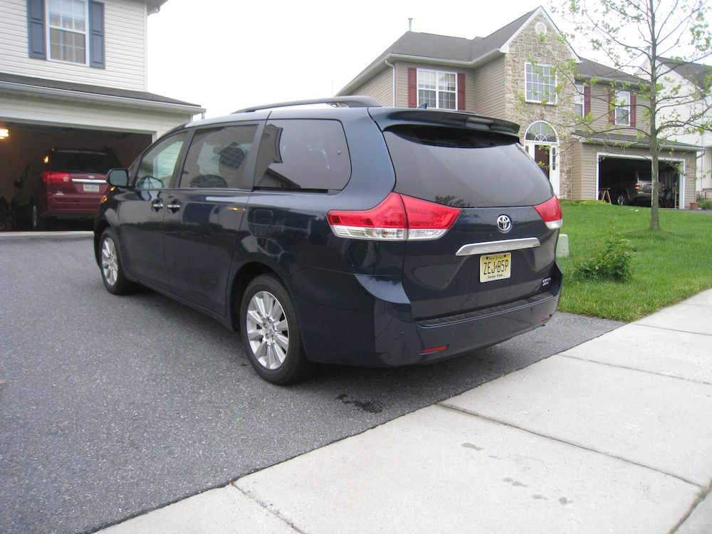 spare tire for toyota sienna 2013 autos post. Black Bedroom Furniture Sets. Home Design Ideas