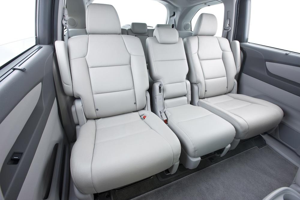 honda reveals all new 2011 odyssey minivan autosavant. Black Bedroom Furniture Sets. Home Design Ideas