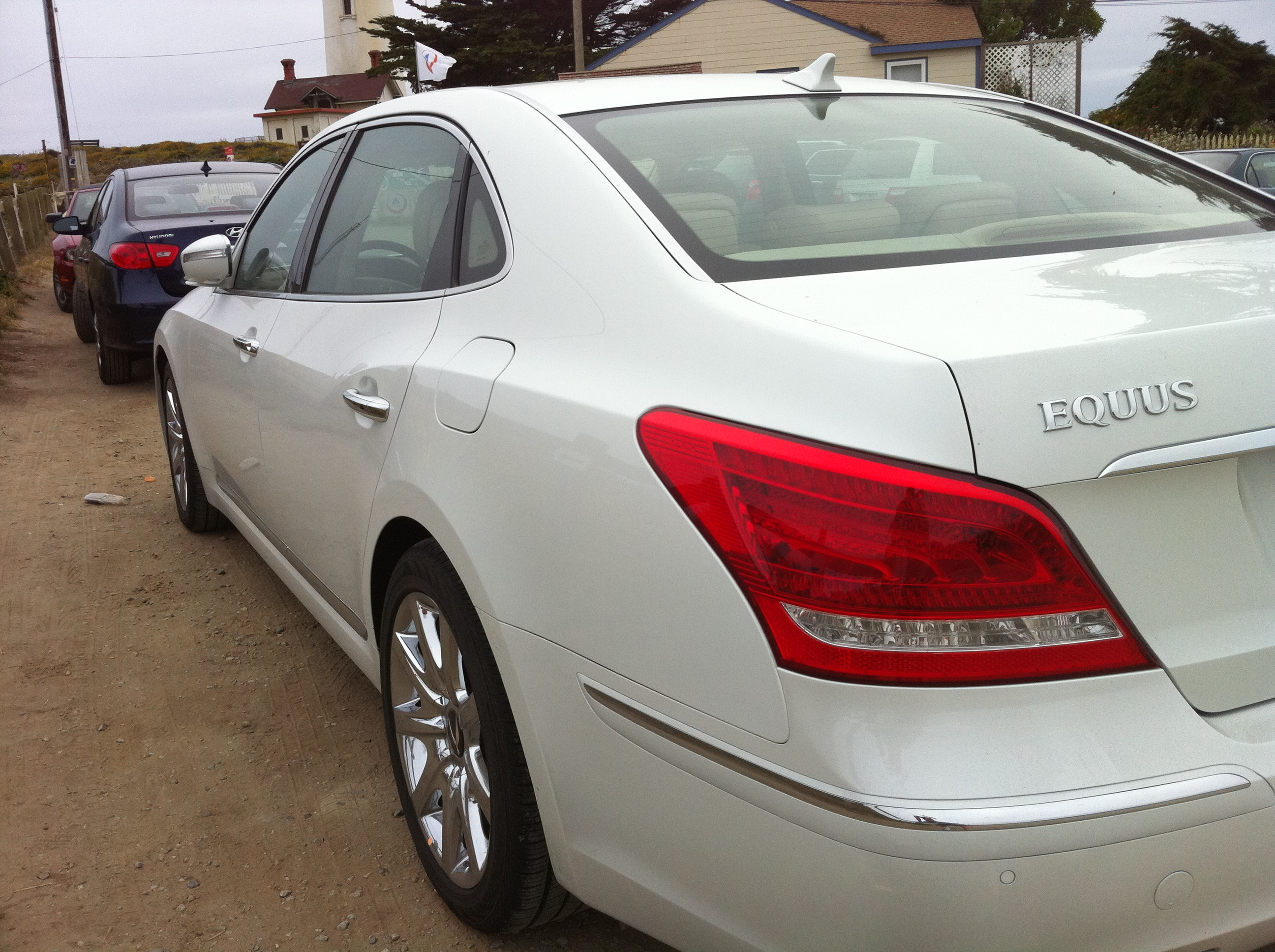 reviews and hyundai top equus cars news speed