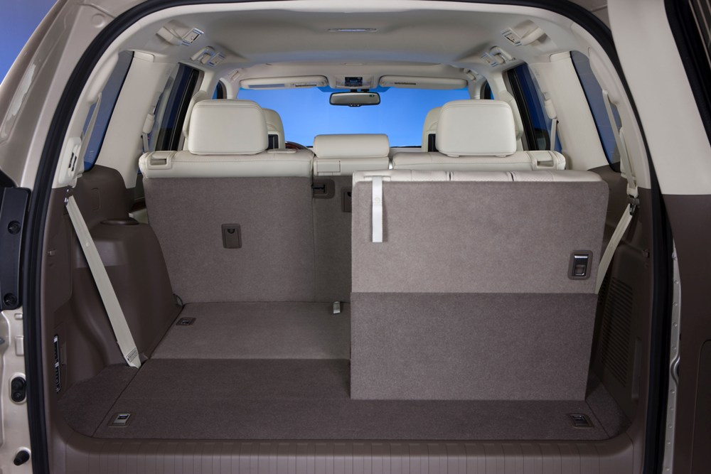 review 2010 lexus gx460 autosavant autosavant. Black Bedroom Furniture Sets. Home Design Ideas