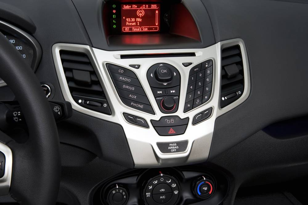 Gear Sign On Radio Screen Audio Navigation Sync Ford Fiesta Forumrhfordfiestaforum: Ford Fiesta Radio At Gmaili.net