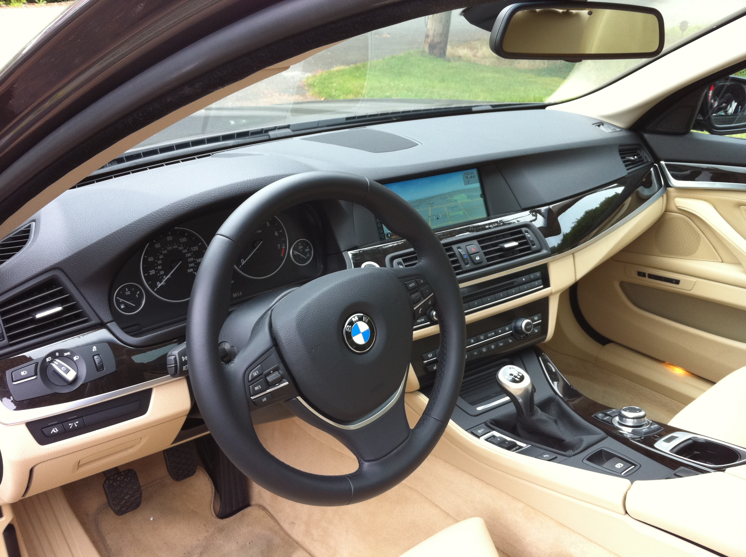 Review: 2011 BMW 535i 6MT - Autosavant | Autosavant