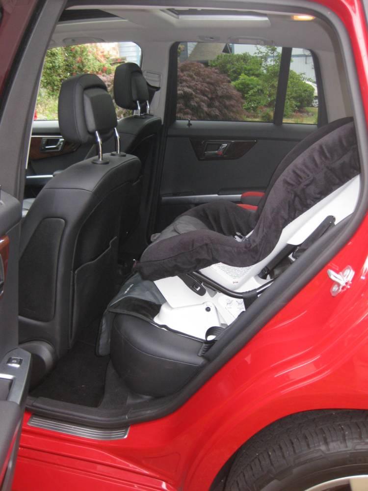 review 2010 mercedes benz glk 350 4matic autosavant autosavant. Black Bedroom Furniture Sets. Home Design Ideas
