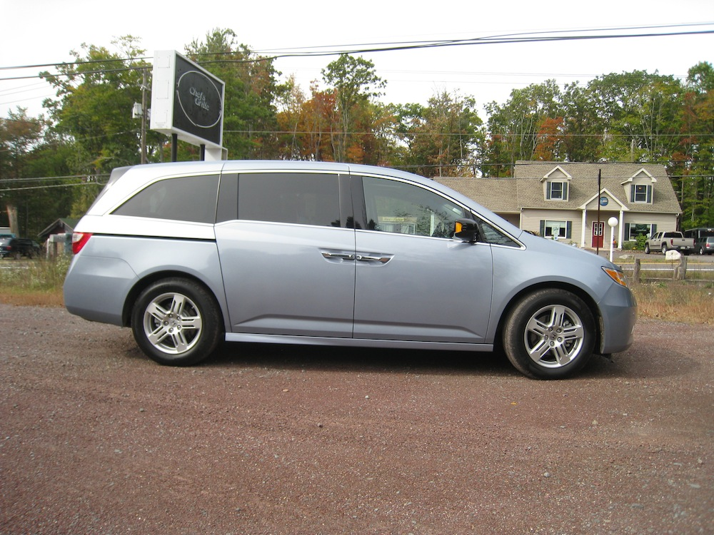 2010 honda odyssey touring for sale cargurus. Black Bedroom Furniture Sets. Home Design Ideas