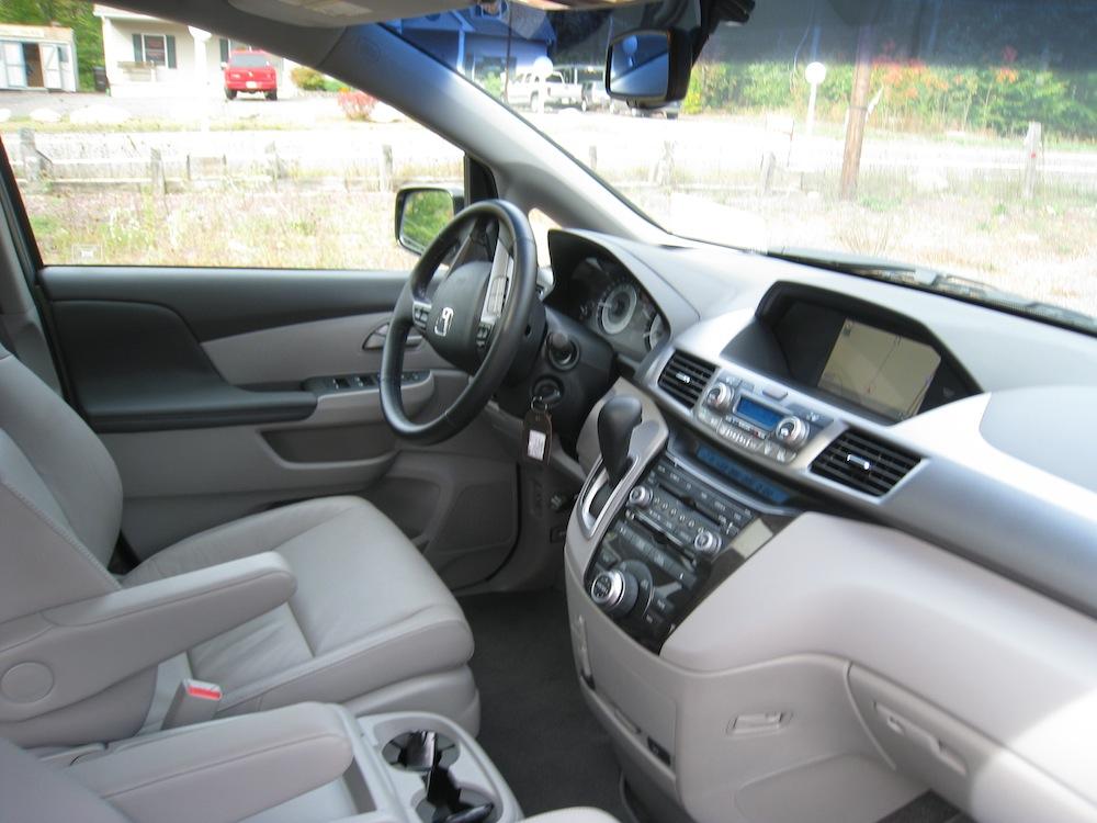 First Drive 2011 Honda Odyssey Touring  Autosavant  Autosavant