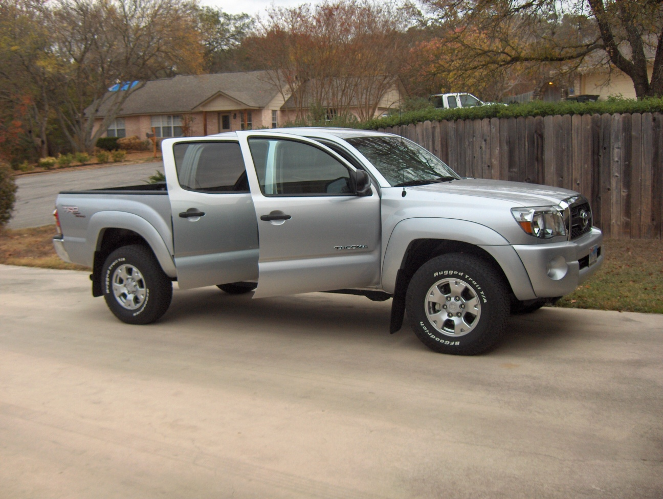 The 2011 toyota tacoma