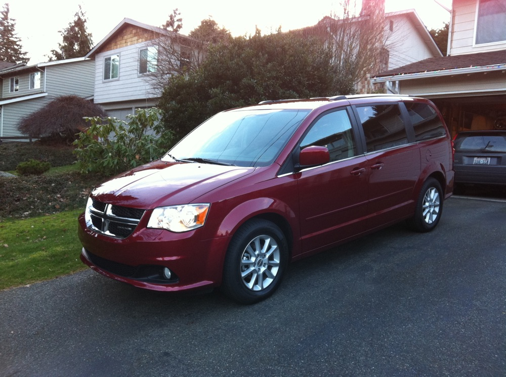 review 2011 dodge grand caravan crew autosavant autosavant. Cars Review. Best American Auto & Cars Review