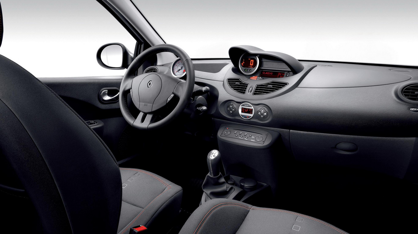 Quick Drive: Tango with the Renault Twingo 133 Cup - Autosavant ...