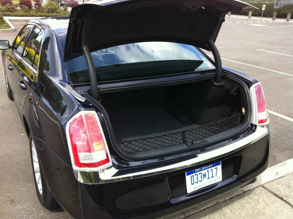 Chrysler 300 Trunk Space