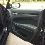 2011 Chrysler 300 024