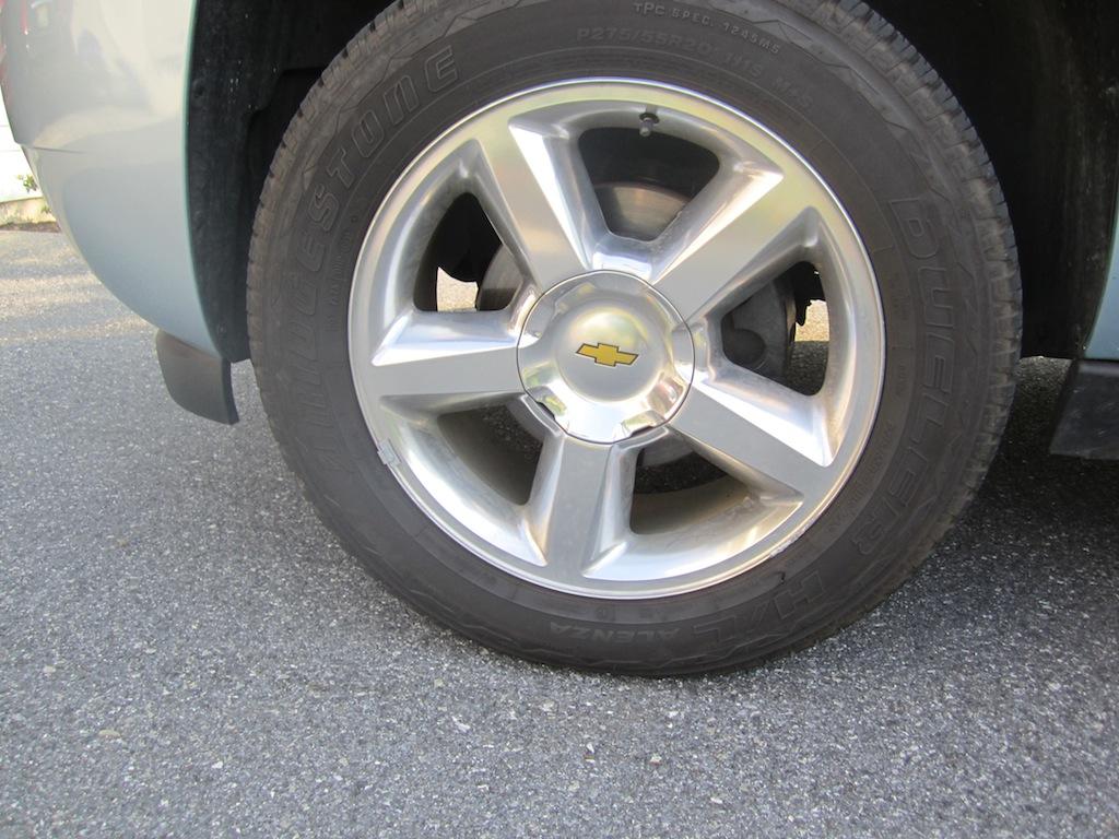 Review: 2011 Chevrolet Suburban LTZ 4x4 - Autosavant ...