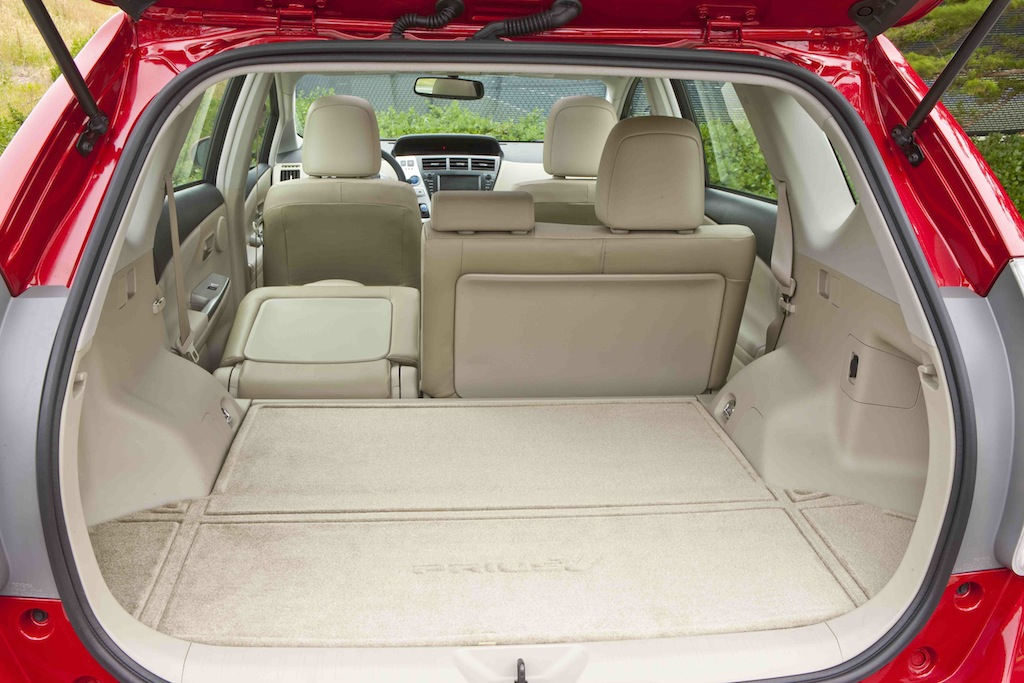 Of Course The Difference Maker With Prius V Is Its Flexible Second Row Seating And Commodious Cargo E Car Offers 34 3 Cubic Feet