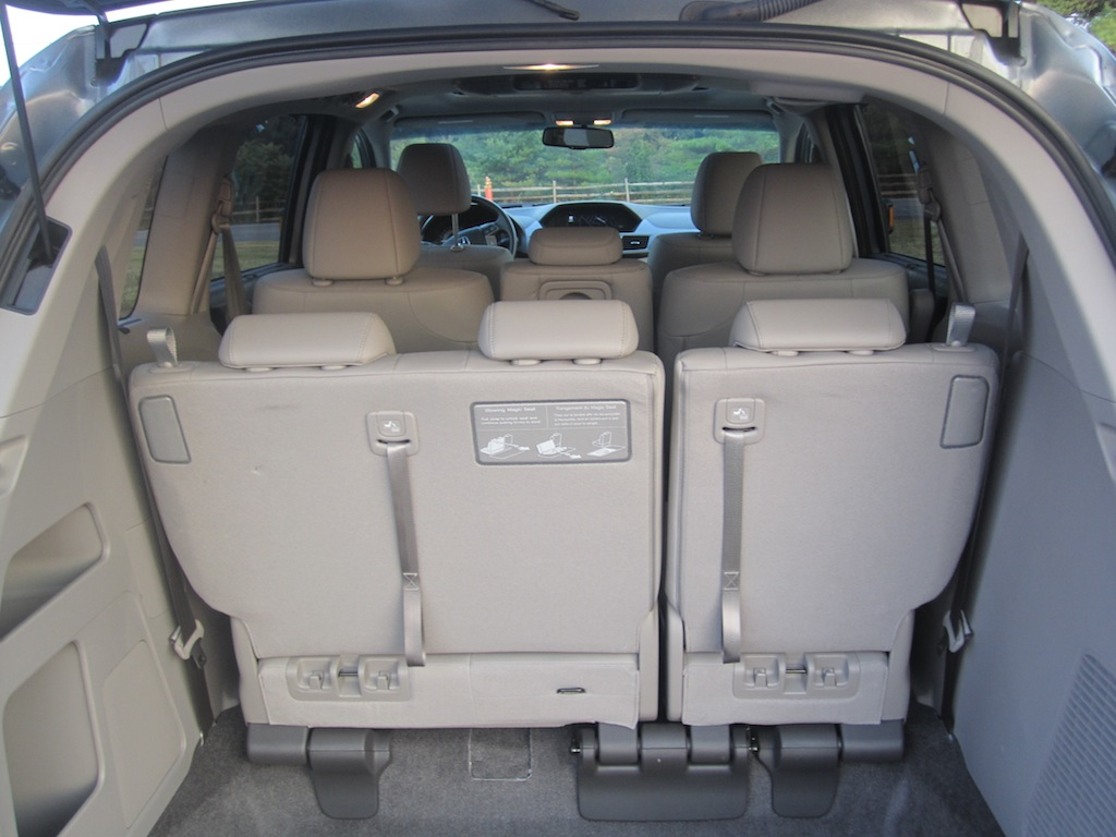 Review 2011 Honda Odyssey Touring Elite Autosavant
