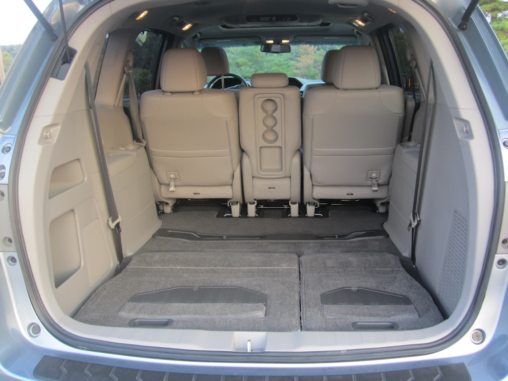 do honda odyssey seats fold into floor. Black Bedroom Furniture Sets. Home Design Ideas
