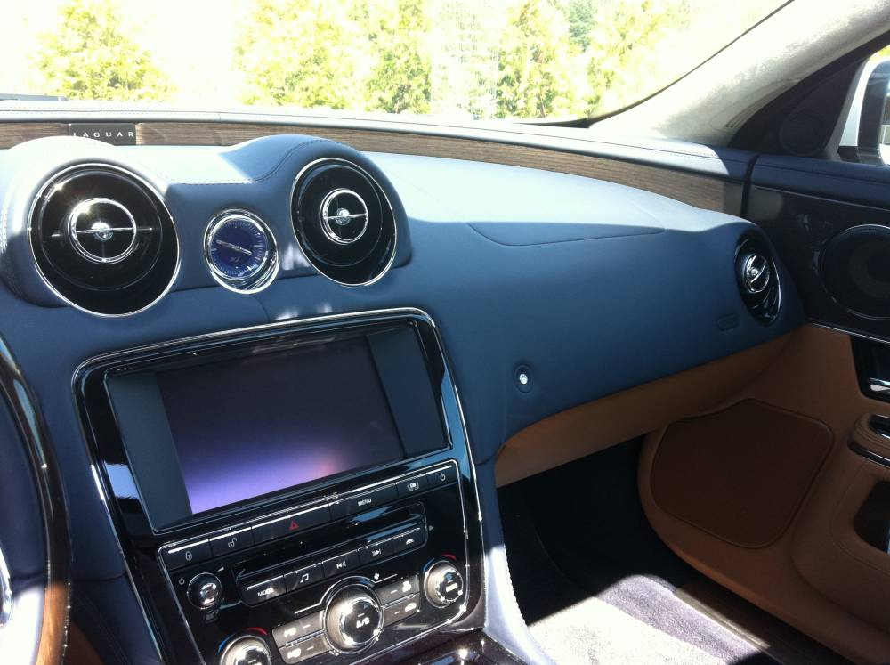 2011 Jaguar XJL Supercharged 027