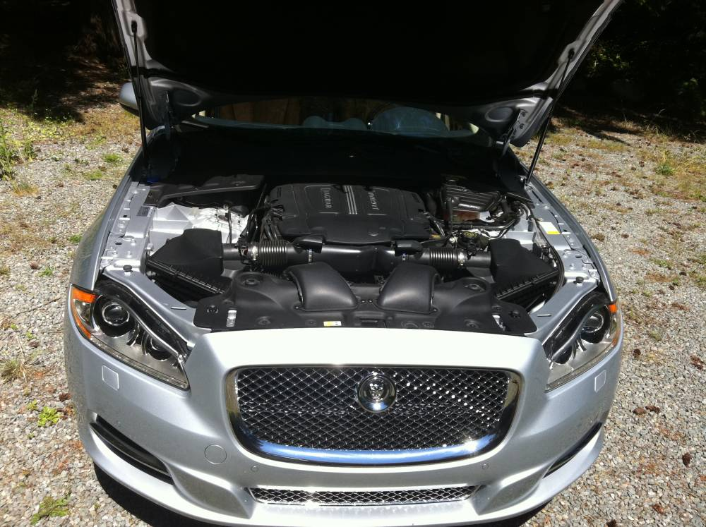 2011 Jaguar XJL Supercharged 048