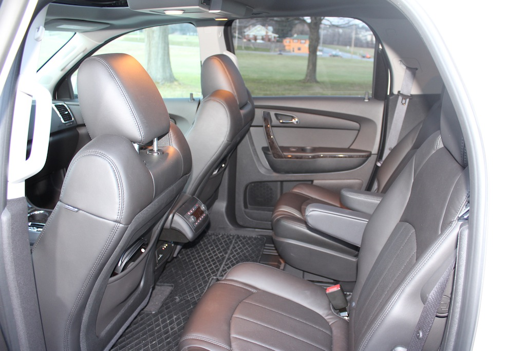 Enjoyable Review 2012 Gmc Acadia Denali Awd Autosavant Gmtry Best Dining Table And Chair Ideas Images Gmtryco