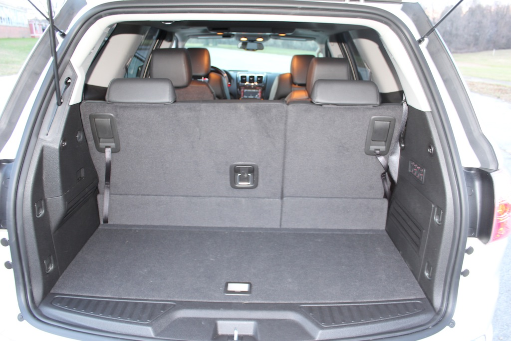 review 2012 gmc acadia denali awd autosavant autosavant. Black Bedroom Furniture Sets. Home Design Ideas
