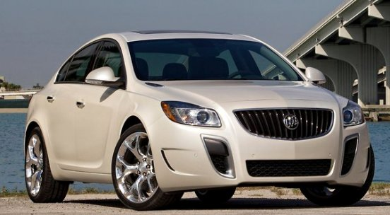 review 2012 buick regal gs autosavant autosavant. Black Bedroom Furniture Sets. Home Design Ideas