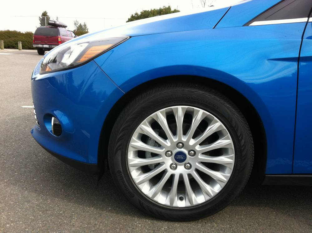 2012 Ford Focus Titanium Sedan 013