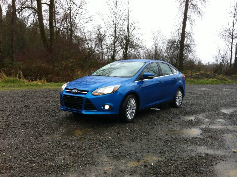 2012 Ford Focus Titanium Sedan 037