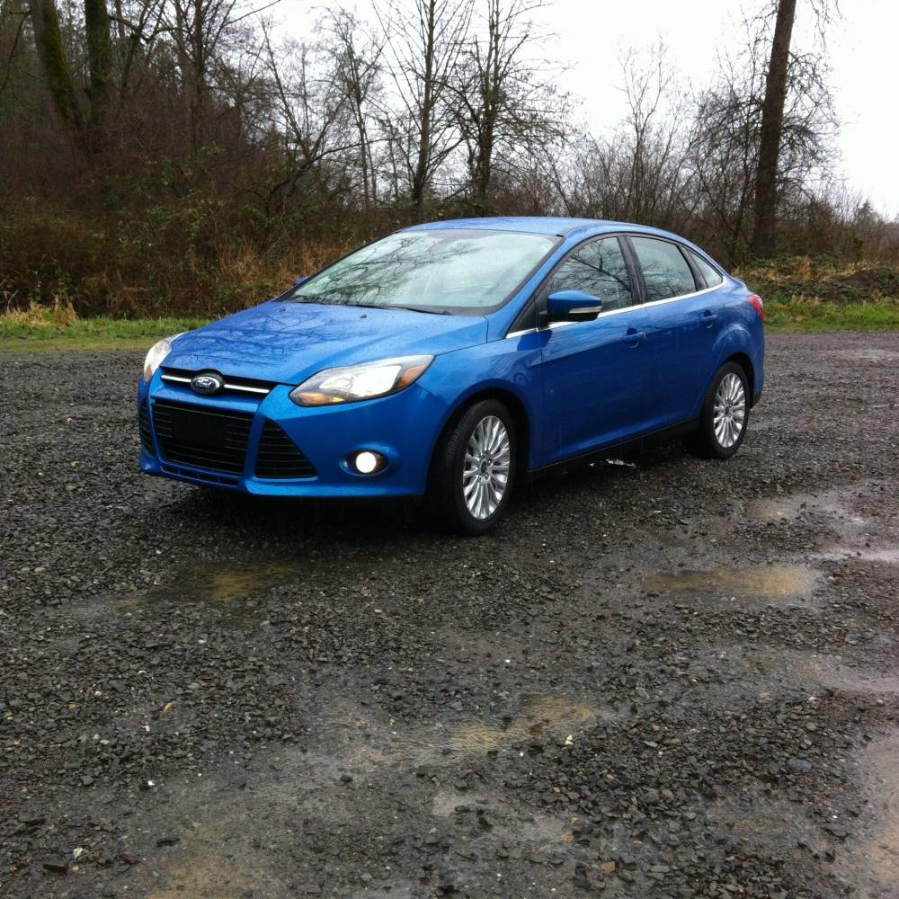 2012 Ford Focus Titanium Sedan 038